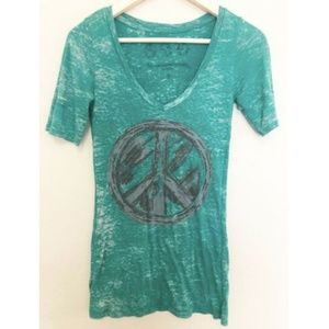 T4T Sustainable Apparel Bamboo Shirt Peace Love S